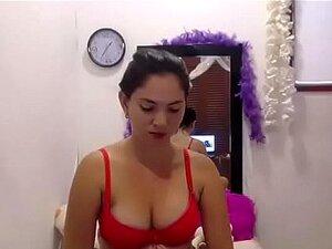 Colombiana Webcam Tease en sujetador y bragas