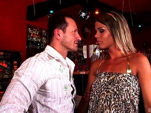 Pelicula porno vampiros bar Porno De Guatemala Espiando El Bar Porno Teatroporno Com