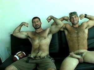 Maduro hetero exibiendo su ojete porno gay Gay Con Hetero Maduro Porno Teatroporno Com