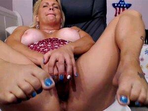 booty gorda rubia madura se masturba en