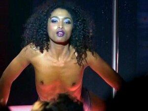 Sara Martins Nude