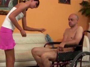 Marido en silla de ruedas engañado por la esposa porno Madura En Silla De Rueda Y Caminadora Porno Teatroporno Com