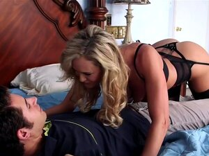 Brandi Love Giovanni Francesco en mi Friends Hot