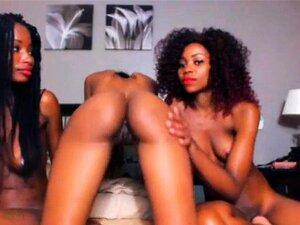 Tan caliente a lesbianas de en la webcam