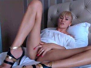 Camgirl Rubia masturbándose en la