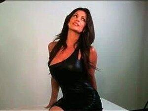 Denise Milani  nackt
