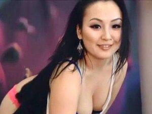 Lindo Asiático GF Tiras y Bailes en la Webcam