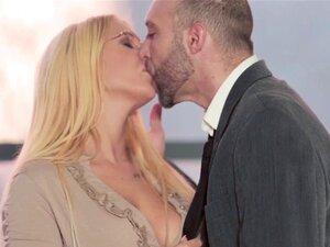 Pelicula porno con argumento jefe folla a secretaria Secretaria Casada Follando Con El Jefe Porno Teatroporno Com